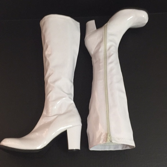 f7c1288cc0c Ellie Shoes - White GoGo Boots-New